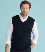 Henbury Lightweight Sleeveless V Neck Sweater